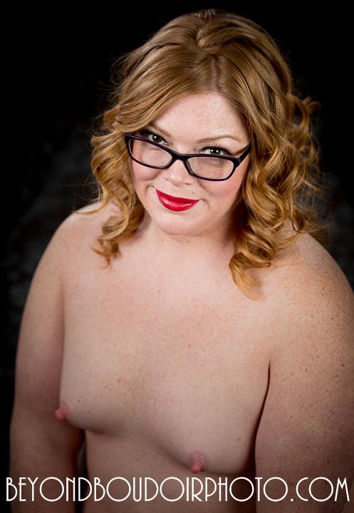 Curvy Girl Erotic Photoshoot 4