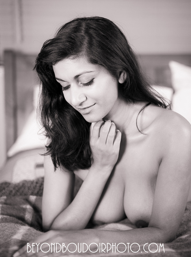 black and white photography couples lnude